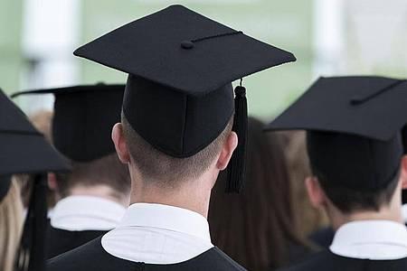 Laut einer Umfrage schätzen 40 Prozent der befragten Studierenden ihre Berufsaussichten schlechter ein als vor der Corona-Krise. Foto: Silas Stein/dpa