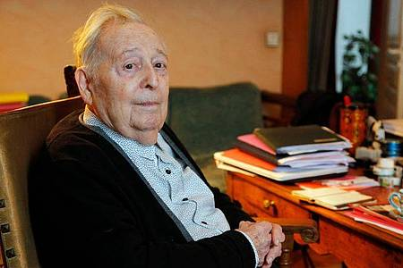 Marc Ferro ist tot:Als einen der «größten französischsprachigen Historiker seiner Generation» würdigt ihn die Zeitung «Le Monde». Foto: Francois Guillot/AFP/dpa