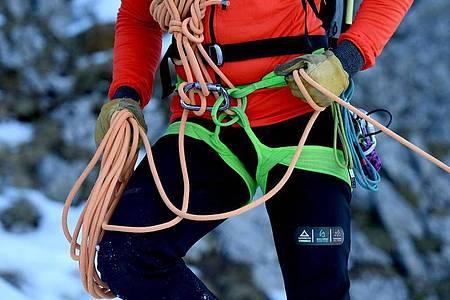 Nach ihrer Ausbildung arbeiten staatlich geprüfte Bergführer überwiegend auf freiberuflicher Basis. Foto: Angelika Warmuth/dpa-tmn
