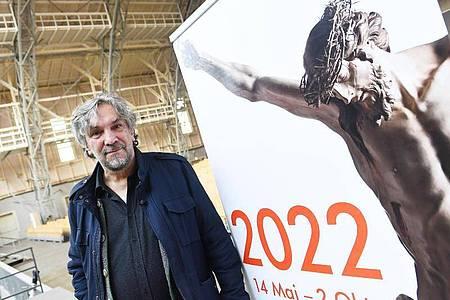 Der Spielleiter der Passionsspiele Christian Stückl hofft auf die Passionsspiele 2022. Foto: Angelika Warmuth/dpa