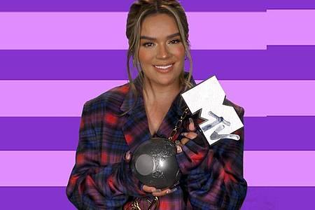 Karol G bekam den Preis für Best Latin bei den MTV European Music Awards. Foto: Mtv/PA Media/dpa