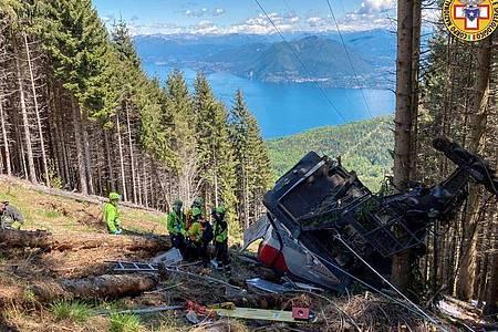 Nach dem schrecklichen Seilbahnunglück mit 14 Toten in Italien beginnt die Suche nach den Ursachen. Foto: -/Soccorso Alpino e Speleologico Piemontese/dpa