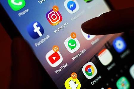 Das Bundeskabinett hat einen Gesetzentwurf auf den Weg gebracht, der Kinder und Jugendliche stärker im Internet schützen soll. Foto: Yui Mok/PA Wire/dpa