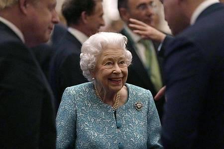 Im Mittelpunkt: Königin Elizabeth II. Foto: Alastair Grant/AP Pool/AP/dpa