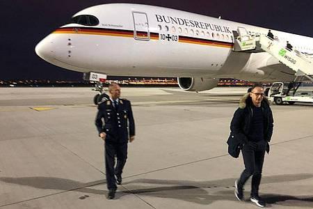 Bundesaußenminister Heiko Maas ist als erstes Mitglied der Bundesregierung mit dem neuen Flugzeug zu einem Staatsbesuch gestartet. Foto: Michael Fischer/dpa