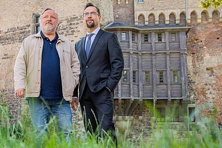 Müssen wieder ran: Jan Josef Liefers (r) als Karl-Friedrich Boerne und Axel Prahl als Frank Thiel. Foto: Rolf Vennenbernd/dpa