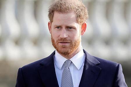 Prinz Harry setzt seine Prominenz ein, damit viel mehr Menschen in ärmeren Ländern Corona-Impfungen bekommen. Foto: Kirsty Wigglesworth/AP/dpa