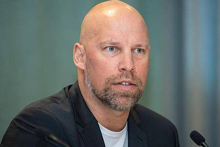 Fordert Nachjustierungen der Corona-Maßnahmen bei der Handball-WM: DHB-Sportvorstand Axel Kromer. Foto: Robert Michael/dpa-Zentralbild/dpa