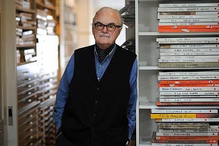 F.C. Gundlach, Fotograf und Sammler, steht in seinem Atelier. (Archivbild). Foto: picture alliance / dpa