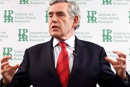 Großbritanniens Ex-Premier Gordon Brown bei einer Rede am Institute for Public Policy Research (IPPR). Brown wird Botschafter der Weltgesundheitsorganisation (WHO) für die weltweite Gesundheitsfinanzierung. Foto: Victoria Jones/PA Wire/dpa