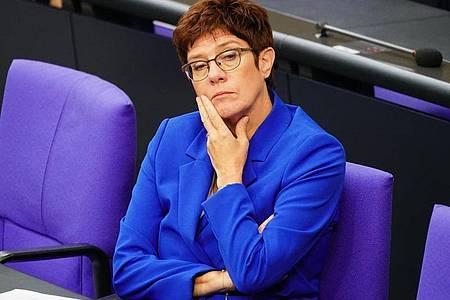 Hofft auf eine schnelle Klärung der Kanzlerkandidatenfrage in der Union: die CDU-Vorsitzende Annegret Kramp-Karrenbauer. Foto: Michael Kappeler/dpa