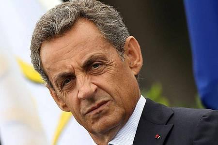 Der vor rund zwei Monaten unterbrochene Prozess gegen Frankreichs Ex-Staatschef Nicolas Sarkozy wird in Paris fortgesetzt. Foto: Eddy Lemaistre/EPA/dpa