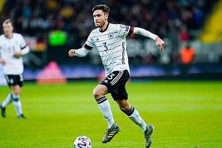 Tritt nach einem Bericht des «Kicker» als Nationalspieler zurück: Jonas Hector. Foto: Uwe Anspach/dpa