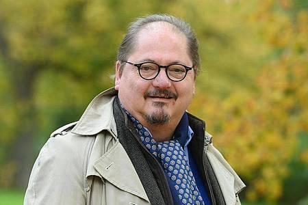 Der Schauspieler Jürgen Tarrach feiert nicht. Foto: Jens Kalaene/dpa-Zentralbild/dpa