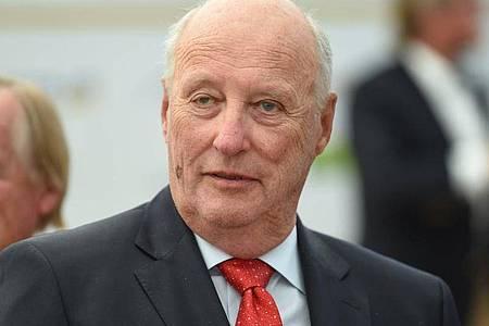 König Harald V. von Norwegen will nach Krankheit wieder die Arbeit aufnehmen. Foto: Felix Kästle/dpa