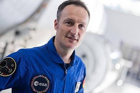 Matthias Maurer wird der erste deutsche Astronaut sein, der an Bord einer SpaceX-Raumkapsel des kommerziellen Nasa-Crew-Programms zur ISS fliegt. Foto: Rolf Vennenbernd/dpa