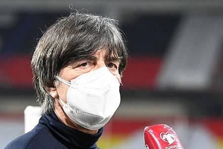 Startete mit dem DFB-Team erfolgreich in die WM-Qualifikation für Katar: Bundestrainer Joachim Löw. Foto: Federico Gambarini/dpa