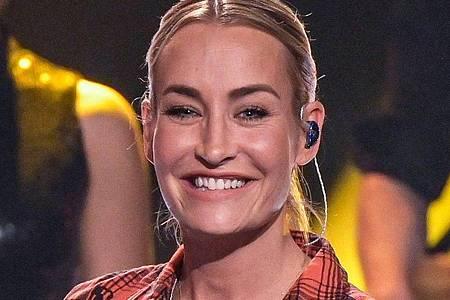 Die Sängerin Sarah Connor ist passionierte Freitaucherin. Foto: Axel Heimken/dpa