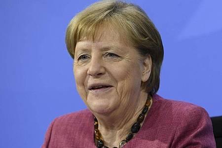 Bundeskanzlerin Angela Merkel: «Corona ist noch da, auch wenn die Inzidenzen erfreulicherweise jetzt sinken.». Foto: Annegret Hilse/Reuters Pool/dpa