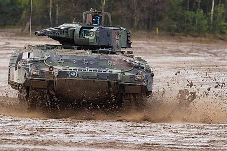 Beim Schützenpanzer Puma wurden Fortschritte erzielt. Foto: Philipp Schulze/dpa