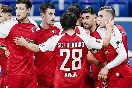 Der SC Freiburg setzte sich deutlich in Hoffenheim durch. Foto: Uwe Anspach/dpa