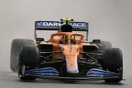 Lando Norris kam in Spa mit seinem McLaren von der Strecke ab. Foto: Francisco Seco/AP/dpa