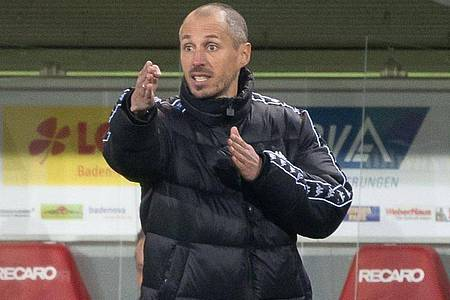 Bleibt Jan-Moritz Lichte Trainer bei Mainz 05 oder muss er gehen?. Foto: Sebastian Gollnow/dpa