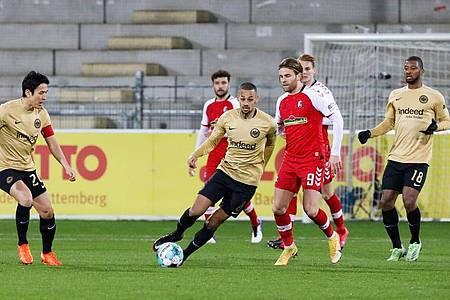Keinen Sieger gab es im Duell zwischen dem SC Freiburg und Eintracht Frankfurt. Foto: Philipp von Ditfurth/dpa