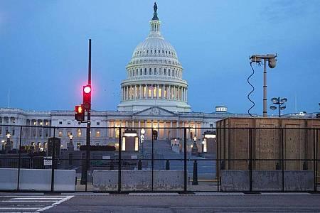 Um das US-Kapitol ist ein Zaun errichtet worden. Foto: Sue Dorfman/ZUMA Press Wire/dpa