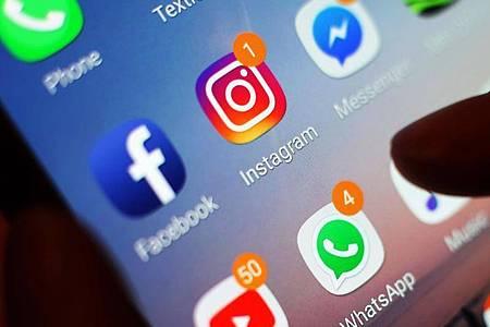 Im Iran sind bereits zahlreiche Internetseiten und soziale Netzwerke gesperrt. Nun könnten auch Instagram und WhatsApp auf die Verbotsliste kommen. Foto: Yui Mok/PA Wire/dpa