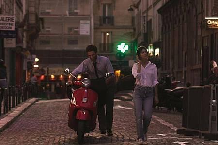 Arnaud Valois als Raphaël und Suzanne Lindon als Suzanne in Paris. Foto: -/MFA/dpa