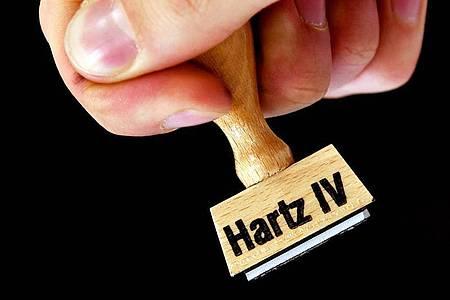 Arbeitsminister Hubertus Heil will die Hartz-IV-Regeln entschärfen und dauerhaft leichteren Zugang schaffen. Foto: Ralf Hirschberger/zb/dpa