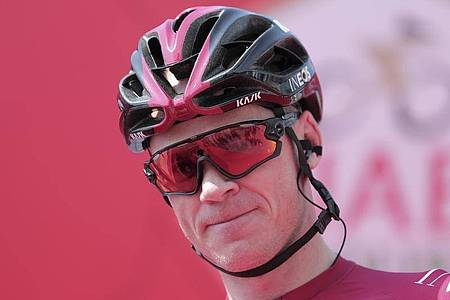 Kämpft um die Chefrolle beim Team Ineos: Chris Froome. Foto: Mahmoud Khaled/AP/dpa