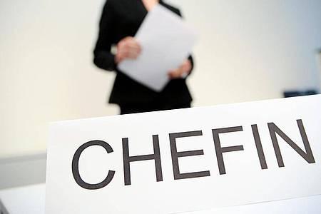 Der Anteil von Frauen an den Vorstandsposten deutscher Unternehmen liegt derzeit bei 24,9 Prozent. Foto: Jan-Philipp Strobel/dpa