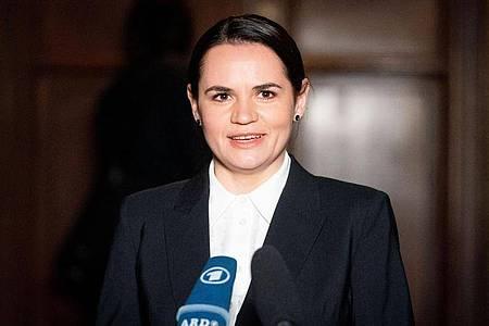 Swetlana Tichanowskaja, Oppositionsführerin aus Belarus, ist inRussland zur Fahndung ausgeschrieben. Foto: Kay Nietfeld/dpa