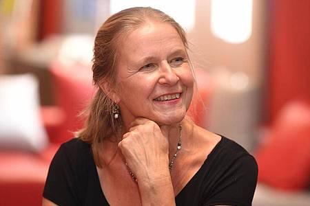 Cornelia Funke ist von Joe Biden «sehr positiv beeindruckt». Foto: Uli Deck/dpa