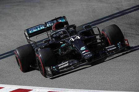 Lewis Hamilton will in Spanien die Pole Position erobern. Foto: Albert Gea/Pool Reuters/dpa