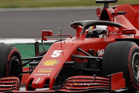 Hat wenig Grund zur Hoffnung auf einen Sieg in Spanien: Sebastian Vettel mit seinem Ferrari. Foto: Andrew Boyers/Pool`Reuters/AP/dpa