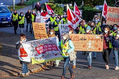 Streik im öffentlichenDienst - hier am Montagmorgen in Grevesmühlen in Mecklenburg-Vorpommern. Foto: Jens Büttner/dpa-Zentralbild/dpa