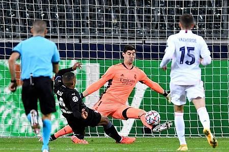 Trotz zwei Tore-Führung reichte es für Borussia Mönchengladbach nicht zum Sieg gegen Real Madrid. Foto: Marius Becker/dpa