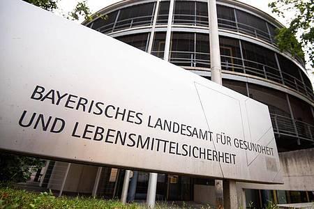 Das bayerische Landesamt für Gesundheit und Lebensmittelsicherheit ist auch für Tiergesundheit zuständig. Foto: Nicolas Armer/dpa