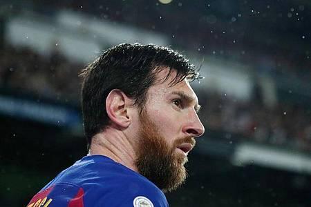 Barcelonas Superstar Lionel Messi hat Geld an Krankenhäuser gespendet. Foto: Manu Fernandez/AP/dpa