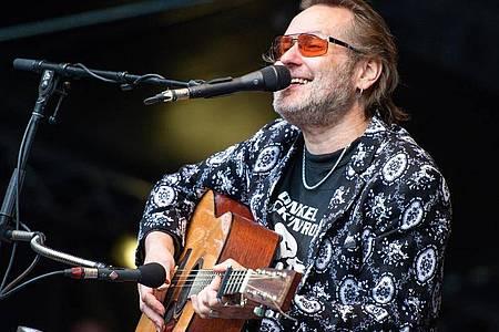 Stefan Stoppok bei einem Konzert 2018 in Essen. Foto: Christophe Gateau/dpa