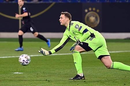 Manuel Neuer hielt seinen Kasten gegen Island sauber. Foto: Federico Gambarini/dpa