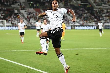 Karim Adeyemi traf gleich in seinem ersten Länderspiel. Foto: Tom Weller/dpa