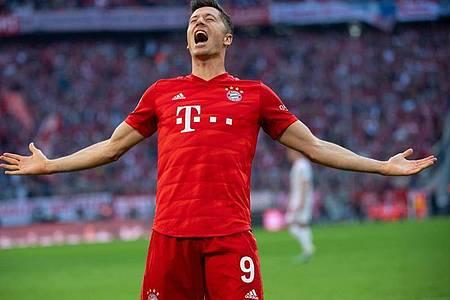 Bayern-Stürmer Robert Lewandowski ist Europas Fußballer des Jahres. Foto: Sven Hoppe/dpa