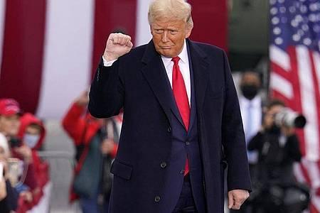 US-Präsident Trump kommt zu einer Wahlkampfkundgebung. Foto: Gene J. Puskar/AP/dpa