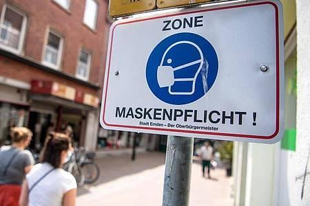 In der Diskussion über die Maskenpflicht gibt es kaum Widerspruch gegen Lockerungen im Freien. Foto: Sina Schuldt/dpa