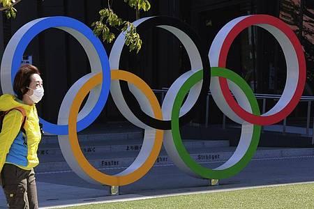 Der Verein Athleten Deutschland hat in der Debatte um die Sommerspiele in Tokio den Druck auf die Olympia-Macher und das IOC erhöht. Foto: Koji Sasahara/AP/dpa