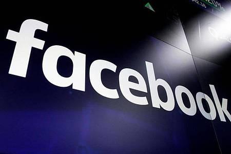 Facebook löscht Netzwerk von «Querdenken»-Bewegung. Foto: Richard Drew/AP/dpa